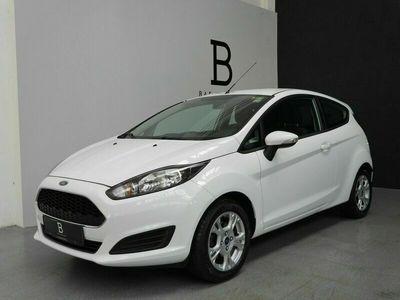 gebraucht Ford Fiesta Champions Edition*SHZ*8-Fach*