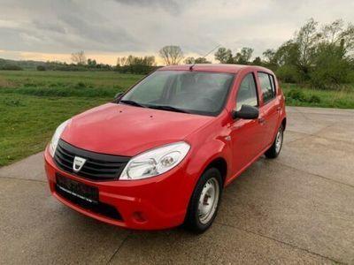 used Dacia Sandero 1.4 l Benzin Tüv 08/2020, Euro4, AHK, 5 Türen