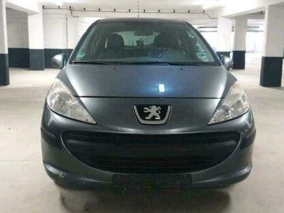 gebraucht Peugeot 207 Benzin mit Flüssiggas