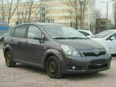 gebraucht Toyota Corolla Verso 2.2 D-CAT Sol *7Sitzer* als Van/Kleinbus in Erfurt