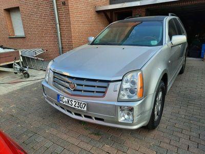gebraucht Cadillac SRX 3.6 V6 AWD Elegance als SUV/Geländewagen/Pickup in Baesweiler