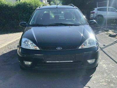 gebraucht Ford Focus Kombi 1,6 Benziner