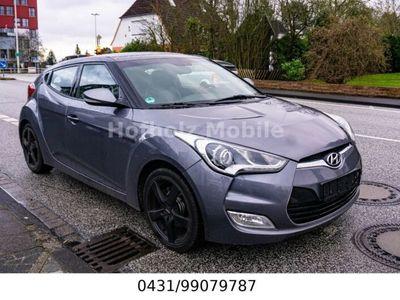 gebraucht Hyundai Veloster Premium blue