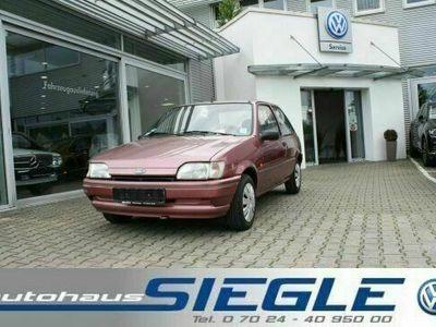 gebraucht Ford Fiesta 1.1 Fun 44500 km TÜV 07-2021 !!!