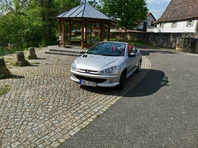 gebraucht Peugeot 206 CC 110