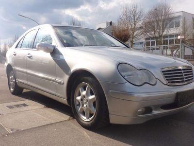 gebraucht Mercedes 220 C-Klasse Lim.CCDI; Euro4 Grüne Plakette