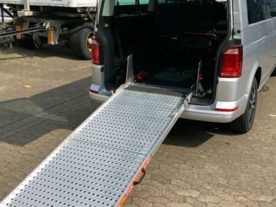 gebraucht VW Caravelle DSG Lang Comfortline ROLLSTUHL RAMPE