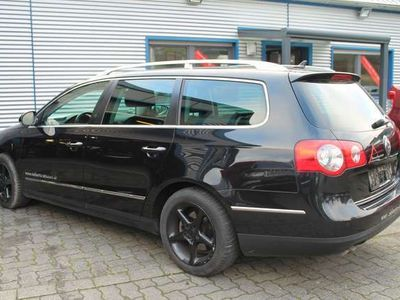 gebraucht VW Passat Variant Neu Highline Automatik 20 TDi Leder Navi Xenon