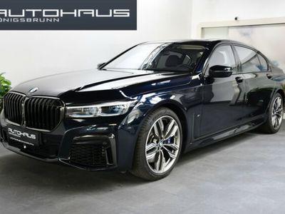 gebraucht BMW M760 Li xDrive M Sport Lounge TV Laser Entertain