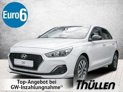 gebraucht Hyundai i30 YES! 1.4 Benzin Turbo Navi Sitzheizung