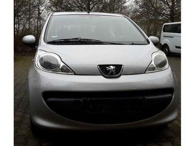 gebraucht Peugeot 107 70 Filou 2 Hand