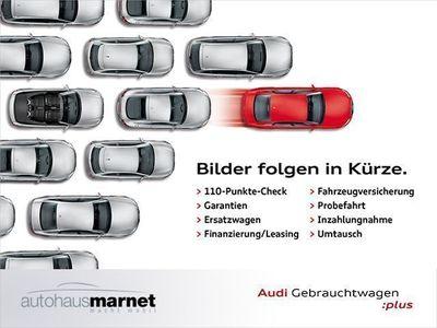 gebraucht Audi Q3 Design 2.0 TDI Navi Xenon Alu CD Einparkhilfe Sitz
