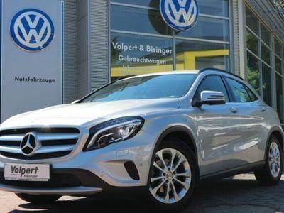 gebraucht Mercedes GLA200 Style*Bi-Xenon*Navi*DCT-Automatik*