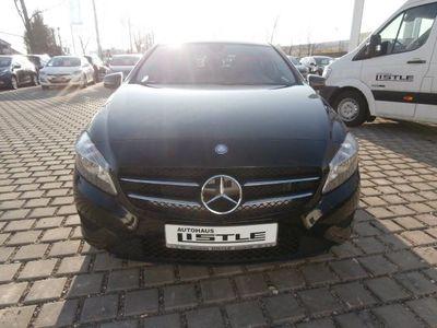 gebraucht Mercedes A180 A-Klasse BlueEfficiency AUTOM. NAVI PDC AL