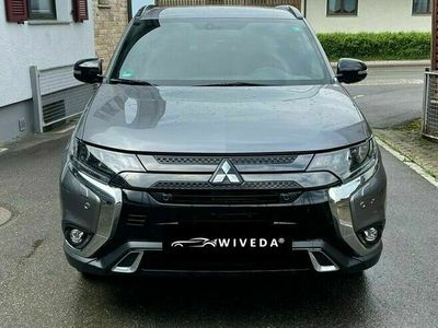 gebraucht Mitsubishi Outlander Active+ 4WD Aut. LED~KAMERA~7-SITZER~