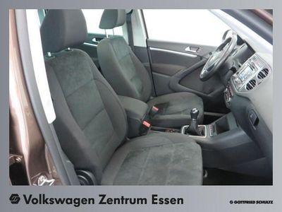 gebraucht VW Tiguan 2.0 TDI Sport & Style - Klima,Schiebedach,Xenon,Al