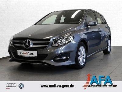 gebraucht Mercedes B200 Style 7G-DCT SHZ,Komfort-Paket