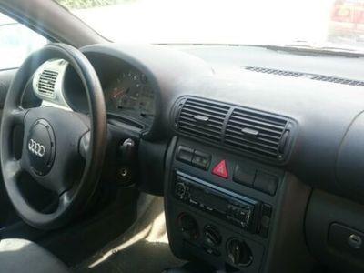 gebraucht Audi A3 1.8 Ambiente