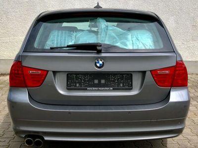 gebraucht BMW 325 d TOURING!NAVI PRO!PANORAMA!PDC!TÜV NEU