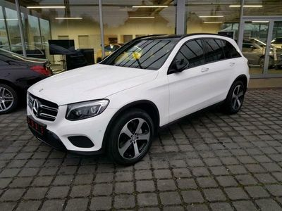 gebraucht Mercedes 220 GLC4M AMG AHK COMAND PANO KeylGo Spur LED NP 67
