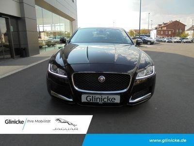 gebraucht Jaguar XF 30d V6 Prestige Leder Navi Keyless e-Sitze El. Fondsitzverst. Rückfahrkam. Holzausst.