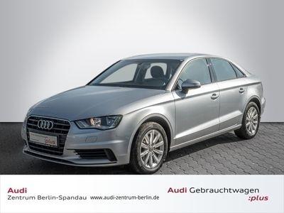 gebraucht Audi A3 Limousine Attraction 1.6 TDI S tronic *KLIMA*