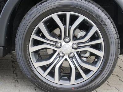 gebraucht Mitsubishi Outlander 2,2 DI-D SUV-Star+ AT 4WD