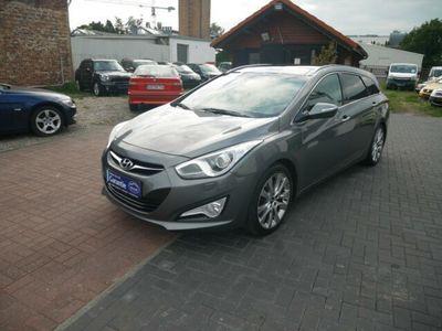 gebraucht Hyundai i40 cw 2.0 Automatik Premium-NAVI-PANORAMA-XENON