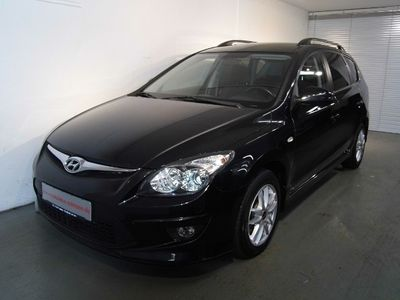 gebraucht Hyundai i30 Kombi CW 1.6 CRDI