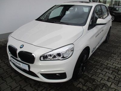 gebraucht BMW 218 Active Tourer d xDrive Aut. Navi LED AHK