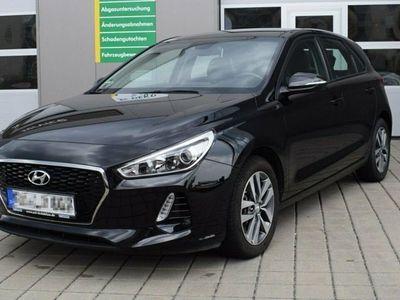 gebraucht Hyundai i30 1.4 Turbo Trend Navi SHZ LMF