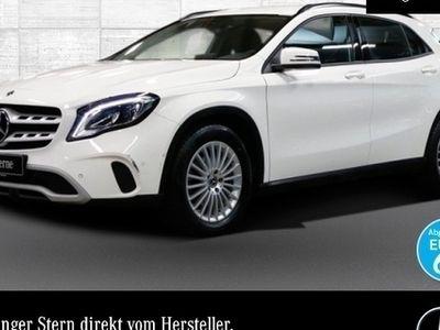 gebraucht Mercedes GLA200 d LED Navi PTS 7G-DCT Sitzh Temp Remote