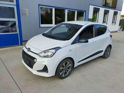 gebraucht Hyundai i10 Passion +Klimaautomatik+NAVI