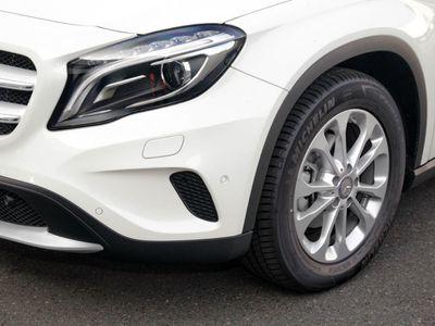 gebraucht Mercedes GLA200 d Off-Roader Fahrschule Style Autom.
