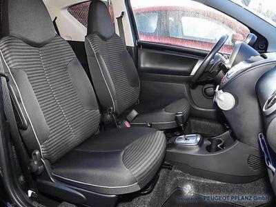 gebraucht Peugeot 107 Active 1.0 68 2-Tronic 3T Automatik
