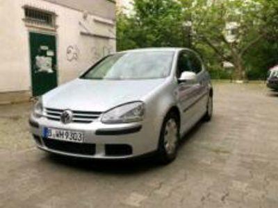 gebraucht VW Golf V 1,4 Benzin
