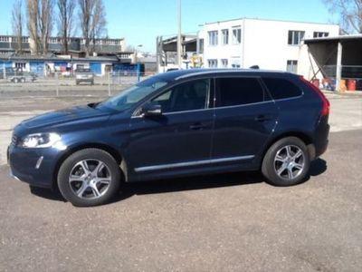 gebraucht Volvo XC60 Summum AWD,Leder,Navi,Xenon,Euro5!!!