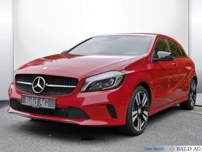 gebraucht Mercedes A180 Limousine Urban/Navi/Klima/LED/Sitzhzg. Telefon