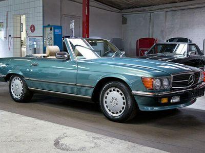 gebraucht Mercedes 560 SLWertzuwachs garantiert!seltene Farbkombi