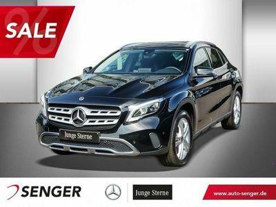gebraucht Mercedes GLA220 4M URBAN+LED+KAMERA+7G+NAVI+SHZ+TEMPOMAT Fahrzeuge kaufen und verkaufen