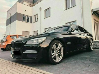 gebraucht BMW 740 d M-Paket (erst Lesen)