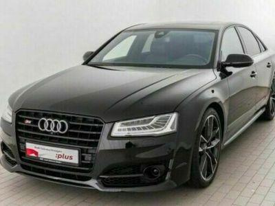 gebraucht Audi S8 plus 4.0 TFSI quattro B&O/ Nachtsicht /Standh als Limousine in Mirow