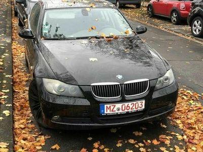 gebraucht BMW 325 3er - d Automatik, Navi, M-Felgen, Schiebedach