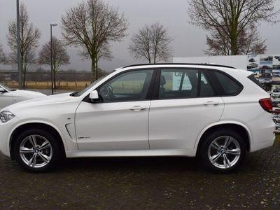 gebraucht BMW X5 xDrive30D M-Sportpaket Navi,LED,Kamera,AHK