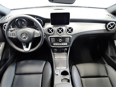 gebraucht Mercedes CLA250 4M SB Urban/18Zoll/LED/Standheizung/Navi