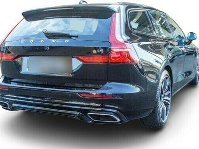 gebraucht Volvo V60 V602.0 T4*GEARTRONIC*R-DESIGN*/19/LEDER/UPE:50