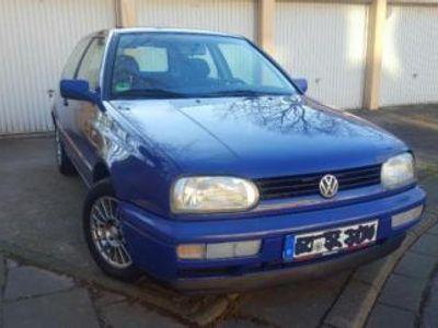 gebraucht VW Golf Top Gepflegten VW1.4 L, Sondermodell...