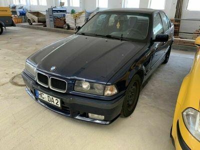 gebraucht BMW 318 E36 Limo i M-Paket