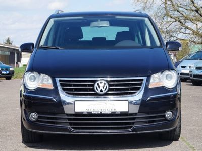 gebraucht VW Touran 2.0TDI Highline /DSG/LEDER/NAVI/SHZG/ALU