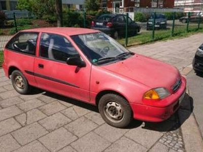 używany Suzuki Swift Automatik, 39 KW, Baujahr 2002
